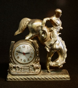 BUCKINGHORSE CLOCK