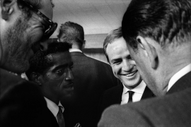 Paul Newman, Sammy Davis Jr, Marlon Brando and Joseph Mankiewicz. August 28, 1963