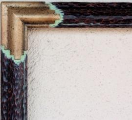 Hand carved corner detail